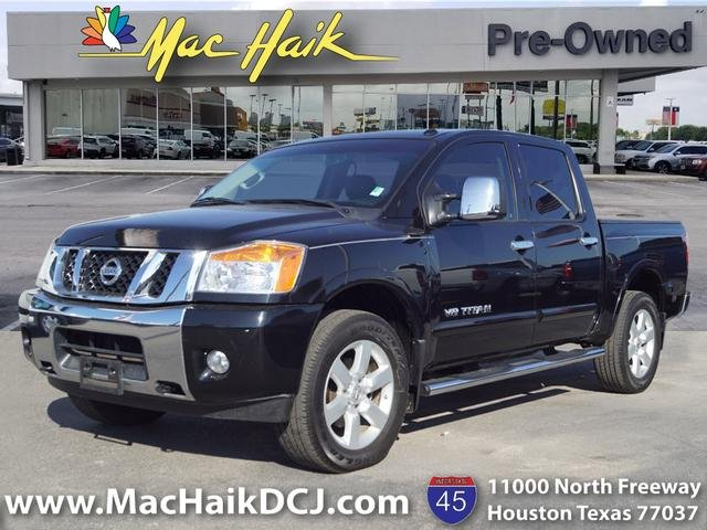 Pre Owned 2015 Nissan Titan Sl Crew Cab Pickup In Houston P12244